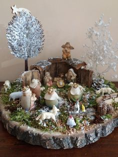 Wall Christmas Tree, Christmas Nativity Scene, Noel Christmas, Christmas Wreaths, Christmas Crafts, Christmas Decorations, Xmas, Christmas Ornaments, Advent Wreath