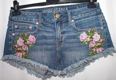 American Eagle Stretch Blue Denim Shorts Flower Appliqué  Women 4 Small #AmericanEagleOutfitters #CasualShorts