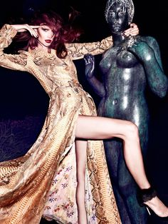 Fashion Gossip: HOT EDITORIAL: VOGUE ZOOM Spain October 11 with Tara Gill