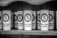 ♥♥♥  Kanekinhas A Kanekinhas confecciona brindes personalizados para casamentos. A arte é 100% personalizada de acordo com as expectativas dos clientes. http://www.casareumbarato.com.br/guia/kanekinhas/