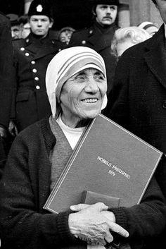 Madre Teresa de Calcutá será canonizada (Foto: STRINGER/EF)