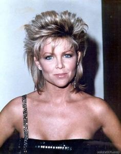 My fave 80's hair style on Lisa Hartman ... I would so do this today!
