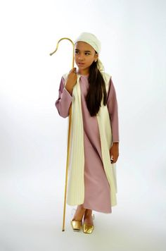 PASTORA PARA NIÑA Shepherd Outfit, Shepherd Costume, Nativity Costumes, Diy Nativity, Biblical Costumes, All Saints Day, Church Events, Scene Outfits, Christian Christmas