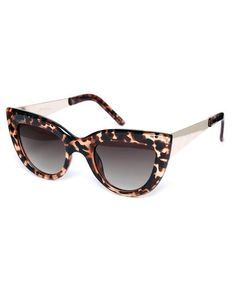 Latest oversized cat-eye-sunglasses best for beach  online via @roposolove