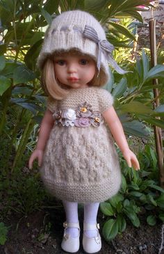 VK is the largest European social network with more than 100 million active users. American Girl Outfits, Clothes Crafts, Doll Clothes, Knit Crochet, Crochet Hats, Journey Girls, Toddler Dolls, Knitted Dolls, Knit Fashion