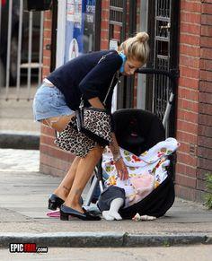 parenting-fail-drop-baby-street