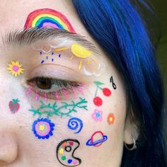 """Photo by Sydney Szramowski ( didn't always wear such colorful makeup. """"I did a thick black wing every day in high school,"""" she says. """"I remember telling my best friend, 'Cat eyes are definitely my best look.'"""" The cat eye lives on, but Eye Makeup Art, Cute Makeup, Pretty Makeup, Makeup Inspo, Makeup Inspiration, Beauty Makeup, Makeup Eyes, Eyeliner, Indie Makeup"""