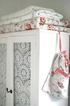 Lovely idea - lace panels replace mirror Vintage style