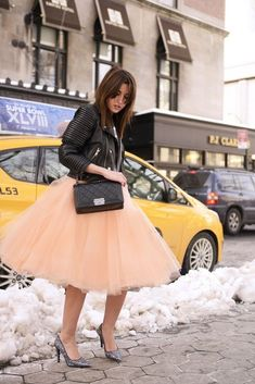 7 Layers 80 Colors Maxi Tulle Skirt Long Midi Skirts Womens Adult tutu Pleated Faldas Saias Femininas Plus Size - купить из Китая дешево Street Style New York, Street Style 2014, Street Styles, Fashion Mode, Moda Fashion, Fashion Trends, Fashion Beauty, Fashion 2014, Nyc Fashion