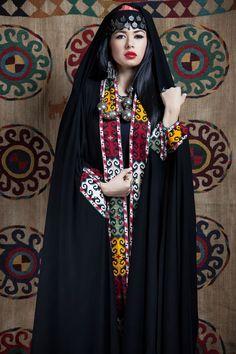 Queen of Spades-Vintage-Majlis Al Baadya