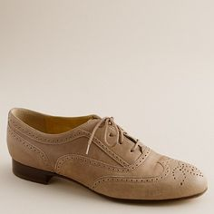 I've been looking for a cute pair of oxfords for fall.