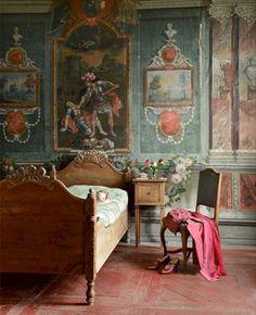 cool 52 Antique and Unique Bedroom Decorating Ideas