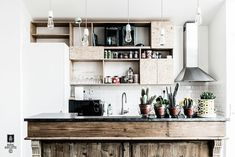 my scandinavian home: A French kitchen is given a fab modern twist Kitchen Interior, French Kitchen, Rustic Modern Kitchen, Home, Vintage Kitchen, Scandinavian Home, Loft Kitchen, Home Kitchens, Kitchen Design