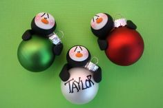 Personalized Clay Penguin Bulb Christmas by ClayCutiesbySabrina, $10.00 karácsony