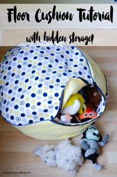 Sewing Cushions floor cushion tutorial with hidden storage - Is your home overwhelmed with clutter? Here are 20 easy sewing projects to help you wrangle the mess. Sewing Pillows, Diy Pillows, How To Make Pillows, Decorative Pillows, Cool Ideas, Easy Sewing Projects, Sewing Projects For Beginners, Sewing Hacks, Sewing Ideas