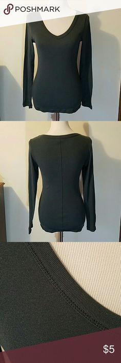 Victoria's Secret Long Sleeve V Neck Victoria's Secret long sleeve v neck tee. Color is a slate blue. Super comfortable with a center seam down the back for a sleek look. Minor pilling/wear under arms as shown in last pic. Great for layering! Victoria's Secret Tops Tees - Long Sleeve
