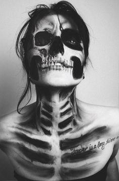 18 Amazing Halloween Skull Makeup Styles Ideas & Looks 2018 chicano Halloween Skull Makeup, Halloween Makeup Looks, Scary Halloween, Fx Makeup, Body Makeup, Contouring Makeup, Makeup Ideas, Skeleton Body, Skeleton Costume Women