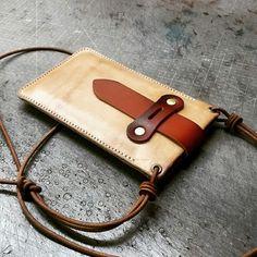 SR Electronics - Computers & Accessories - handmade handbags & accessories - http://amzn.to/2ktogxC