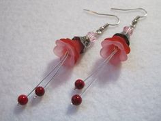 Red flower earrings. Pink and red beaded jewelry. by ArtsParadis, $9.00