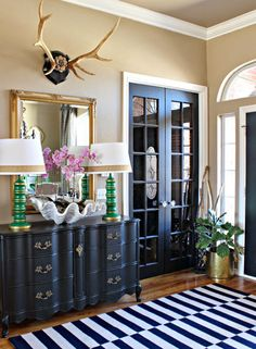 Decor trends - Gold accents