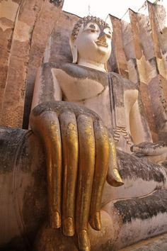 Sukhothai Historical Park (Thailand). 'Step back in time about 800 years at Thailand's most... pinned with Pinvolve