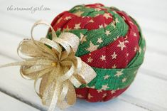 TUTORIAL - Quilted Pinwheel Ornaments - Complete, step by step, no-sew instructions.