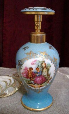Love this pretty perfume bottle.