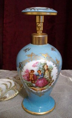 Love this pretty perfume bottle - Vintage Porcelain or Enamel 'An Ince' Perfume Bottle on Etsy❤❦❤