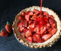 The best strawberry pie recipe and a fun micro-occasion. Celebrate Pi Day with this fun fringe pie topper Source by Related posts: Strawberry Cream Cheese Pie Strawberry Pie No-Bake Vegan Strawberry Pie Mamas Meile High Strawberry Pie Sweets Recipes, Pie Recipes, Just Desserts, Baking Recipes, Best Strawberry Pie Recipe, Strawberry Jello Pie, 7up Recipe, Easy Pie, Simple Pie