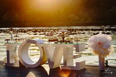 LOVE is all! #tablesandmore
