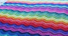 OLà Fiorellini  eu amo esse ponto do crochê e já experimentei fazer muitas variações do ponto ripplei ou zig zag como è mais conhecido.  o ...