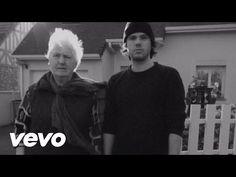 Casseurs Flowters - J'essaye, j'essaye (Orelsan feat Janine) - Vidéos sur Freezeec