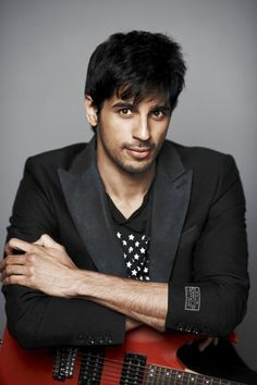 These Unseen Pictures Of Sidharth Malhotra Is Must See For His Fans!