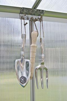 1000 images about garden tools on pinterest garden for Garden tool maintenance