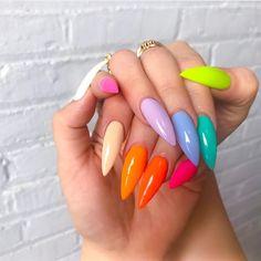 PRETTY rainbow nail art idea for stiletto nails coffin nails rainbow - Coffin Nails Neon Nails, Pastel Nails, Love Nails, Pretty Nails, My Nails, Bright Acrylic Nails, Neon Green Nails, Daisy Nails, Bright Nails