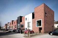 Op vrijdagnamiddag 5 februari organiseert BVA een Ten Huize Van bij Caan Architecten.Koen Heijse (°1972) studeerde architectuur aan St-Lucas te Gent van 1990-1