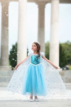 Make your daughter look as cute as the dress in the very beautiful Ice Queen Costume. Shop Ice Queen Dress Online and add the cuteness factor to your little one's style. Princess Dress Up, Queen Dress, Princess Disney, Dress Up Costumes, Cute Costumes, Girls Fall Dresses, Flower Girl Dresses, Toddler Dress, Baby Dress