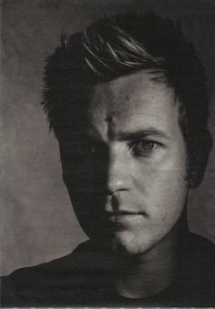 Last additions - W-August-2005-003 - EwanMcGregor.net Gallery | Your Ewan McGregor resource