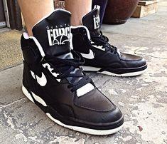 Sneakers Vintage, Retro Sneakers, Classic Sneakers, Sneakers Box, Sneakers Nike, Tenis Basketball, Nike Vintage, Jordan 23, Baskets