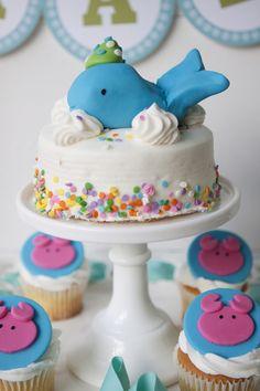Bolo.  Festa infantil.  Baleia.  Whale party.