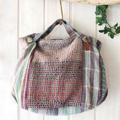 Denim Tote Bags, Leather Clutch Bags, Hobo Bag Patterns, My Style Bags, Diy Sac, Boro, Diy Handbag, Creation Couture, Boho Bags