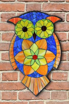 Student Work from a Kasia Mosaics Stained Glass Mosaic Owl Workshop - Owl Mosaic by Nicki. Sign up for an All Level Class via www.kasiamosaics.com