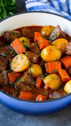 Hearty Irish stew with tender beef and vegetables in a beer broth. Irish Recipes, Meat Recipes, Crockpot Recipes, Chicken Recipes, Dinner Recipes, Cooking Recipes, Healthy Recipes, Irish Desserts, Cooking Ideas