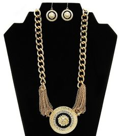 Cute and bold statement necklace and earrings set.