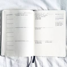 THE BEST minimalist bullet journal weekly spread ideas! I am so glad that I found these GREAT ideas for my minimalist bullet journal layouts. I can't wait to do some of these ideas in my own minimalist bullet journal weekly planner. Bullet Journal Simple, Bullet Journal Period Tracker, Bullet Journal Weekly Spread Layout, Minimalist Bullet Journal Layout, Bullet Journal Washi Tape, Planner Bullet Journal, Bullet Journal Hacks, Bullet Journals, Bujo Weekly Spread