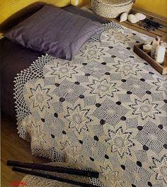Star round motif crochet bedspread with diagrams