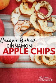 Recipe: Crispy Baked Apple Chips - Oven Version Cinnamon Apple Chips in the Oven. Make real food baked apple chips even if you do not have a dehydrator. Apple chips in the oven are simple, delicious, and good for you! Baked Apple Dessert, Apple Dessert Recipes, Apple Recipes, Whole Food Recipes, Fruit Recipes, Family Recipes, Vegan Recipes, Cooking Recipes, Baked Cinnamon Apples