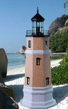 Split Rock Lawn Lighthouse with Working Lights