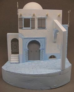 Here are some examples of masters I made for my own use in vignettes or diorama´s. Dolly House, Diy Nativity, Model Maker, Military Diorama, Ceramic Houses, Military Modelling, Christmas Deco, Dioramas, Figure Painting