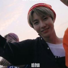 Injunnie with a beanie is such a look ♡♡☆ Nct 127, The Way He Looks, Sm Rookies, Huang Renjun, Fake Smile, My Little Baby, Taeyong, Boyfriend Material, Jaehyun